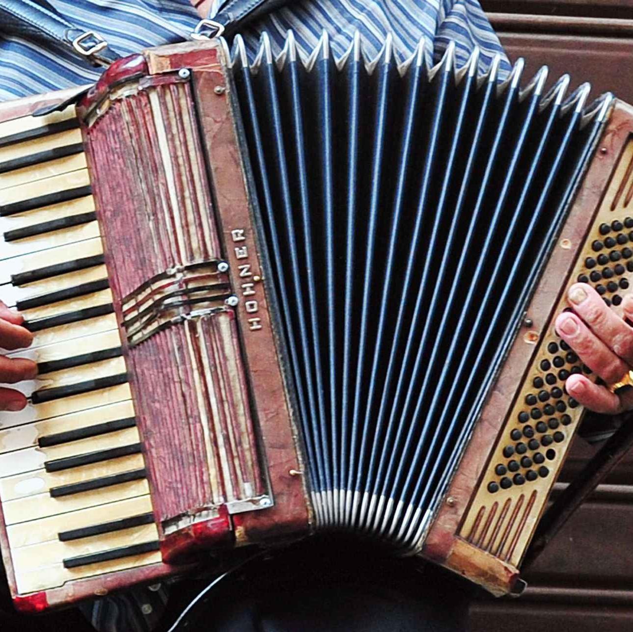 Apéritif musical au son de l'accordéon